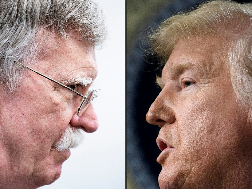 Former national security advisor John Bolton (l) says President Donald Trump wanted to freeze military aid to Ukrain until Kiev opened an investigation into Joe Biden, the frontrunner for the Democratic presidential nomination - Brendan Smialowski / ©AFP