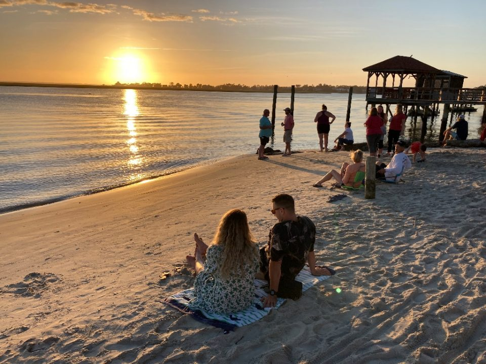Tybee Island, near Savannah, Georgia has come back to life as Americans head to states that have relaxed their quarantine measures - Sébastien DUVAL / ©AFP