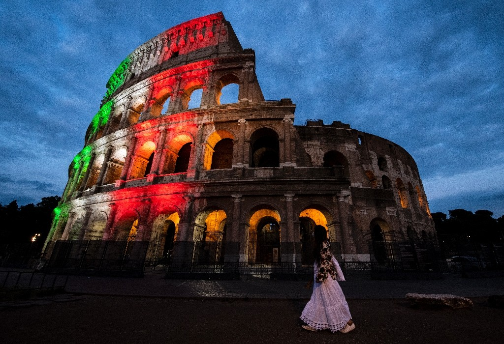 """The Colosseum in Rome reopened on Monday as Italy continued to ease its lockdown - Tiziana FABI / ©AFP"""