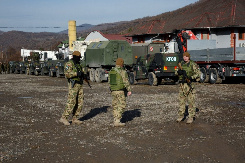 Soldiers of the NATO-led peacekeeping mission in Kosovo near Leposavic, a mostly Serb municipality in Kosovo, in December 2018 - STR / ©AFP