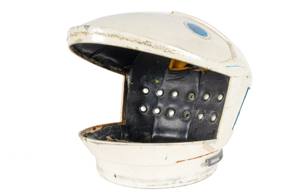 "A helmet worn in Stanley Kubrick's ""2001 Space Odyssey"", to be auctioned as part of the full suit in July 2020 - - / ©AFP"