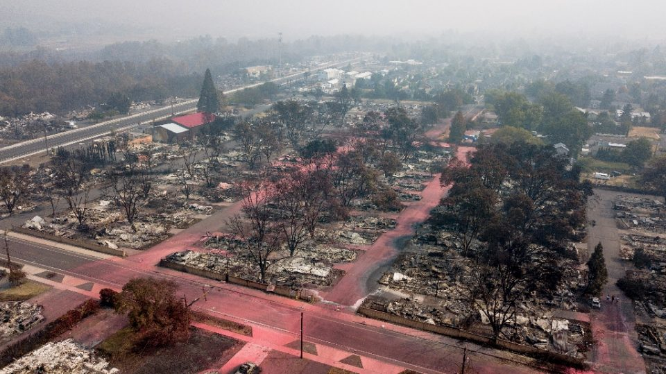 The Almeda Fire destroyed almost all of Talent Mobile Estates, a trailer park of about 100 wooden homes in in Talent, Oregon - Robyn Beck / ©AFP