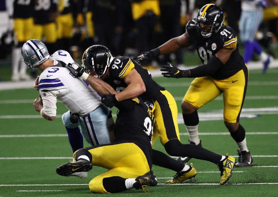 The Pittsburgh Steelers defense leads the NFL in sacks as they head to the Jacksonville Jaguars this weekend looking to extend the team's unbeaten season - RONALD MARTINEZ / ©AFP